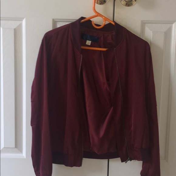 Francesca's Collections Jackets & Blazers - Gently used maroon red bomber jacket